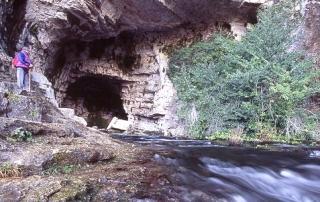 entrada-cueva-rio