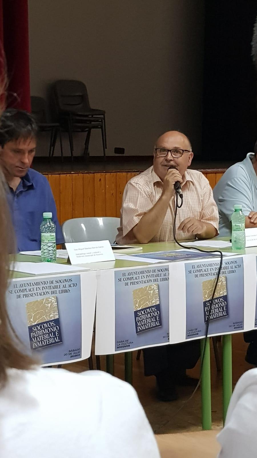 ALCALDE DE SOCOVOS intervención de Saturnino González en el acto de presentación